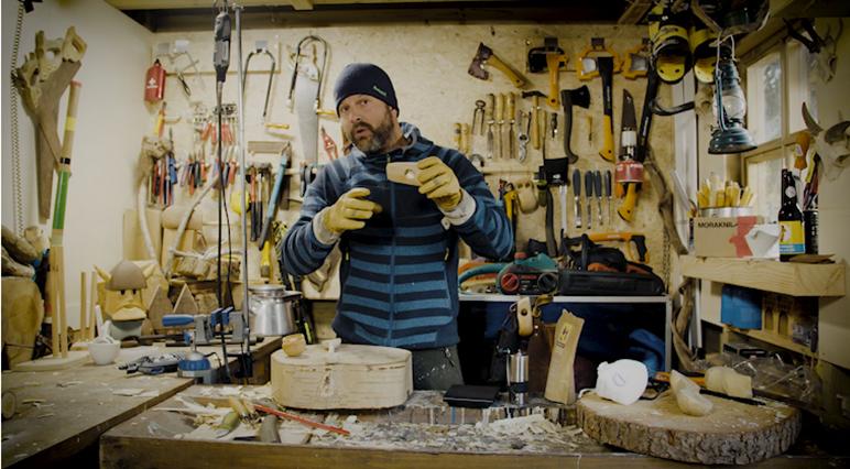 Holzschnitzen mit dem Profi Stijn van Oss