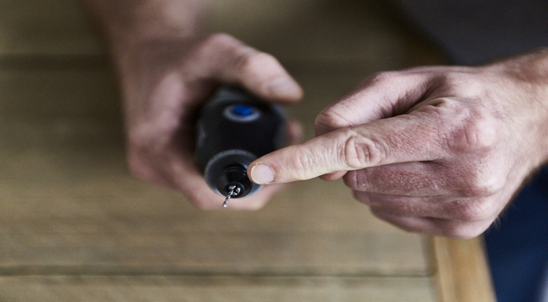 How to avoid the common mistakes while carving wood with the Dremel Multi-Tool.