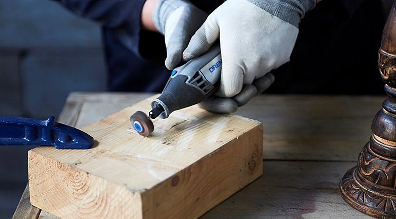 Explore the common pitfalls of sanding as a beginner – so you can learn what to avoid while sanding with a Dremel Multi-Tool.