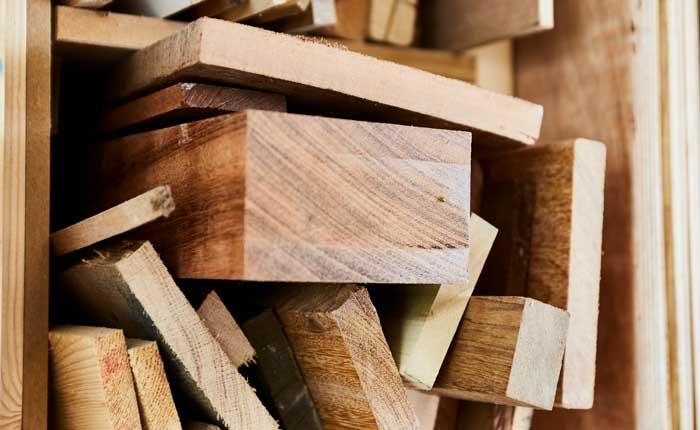 Kies een stuk hout dat je mooi vindt voor je zwevende plank