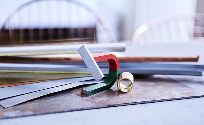Перед началом чистки или полировки нужно определить тип металла.